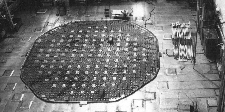 Реактор АД на ГХК запустили первым, он должен был проработать 15 лет, а проработал 34