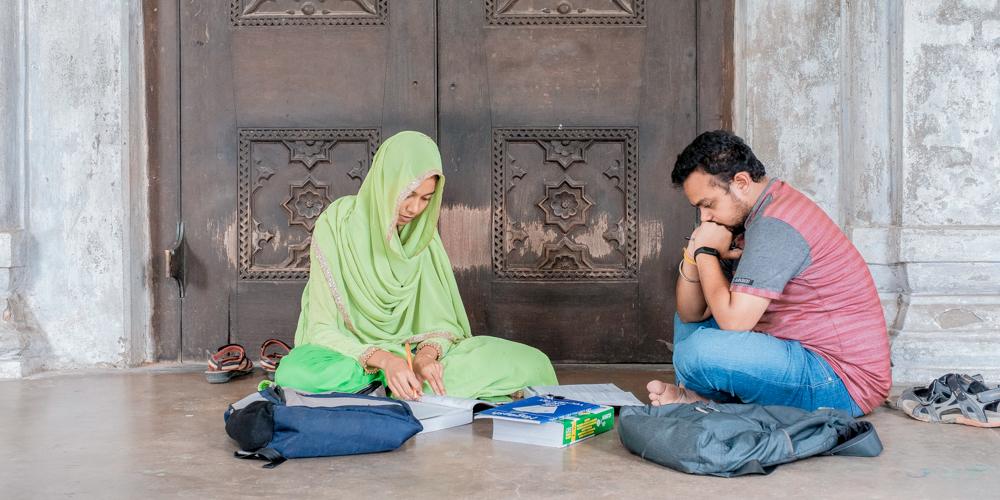 Многие здания Университета Дакки и кампуса — памятники архитектуры